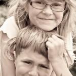 Foto von kleinen Geschwistern