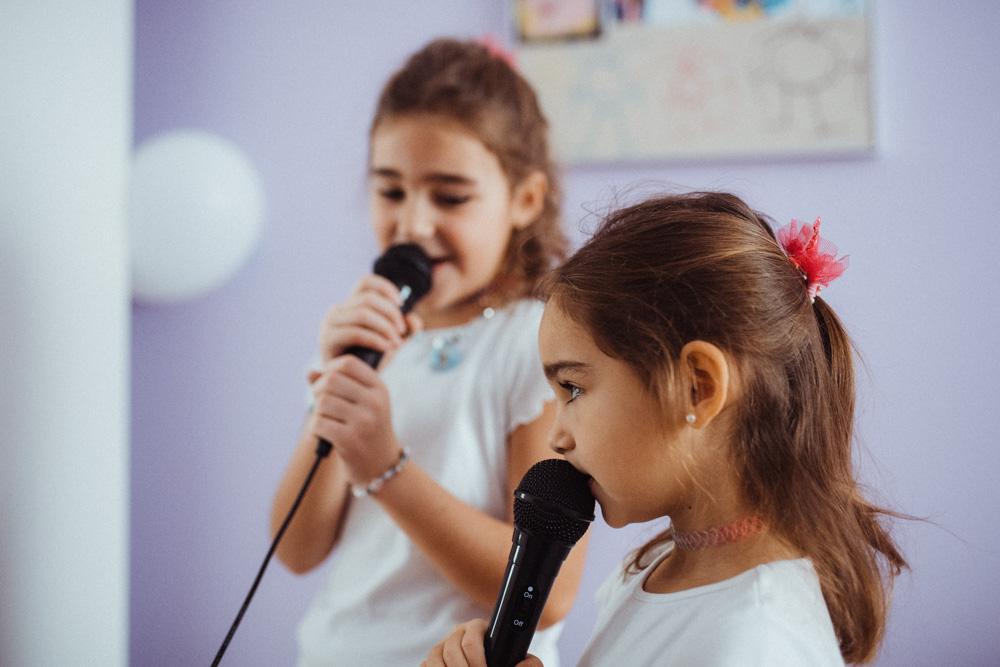 Karaoke für Kinder Familien-Fotoshootings