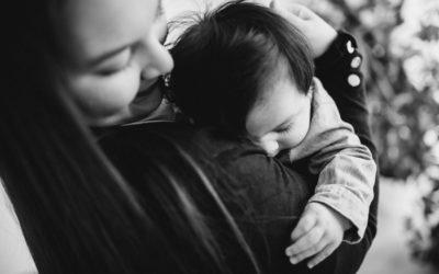 Baby-Fotoshooting zu Hause