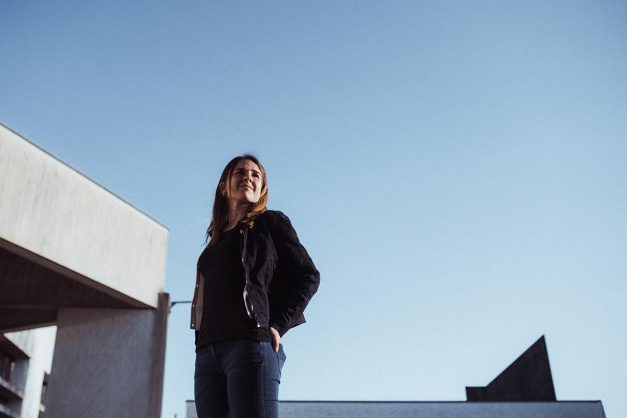 coole Fotos junge Frau Zürich